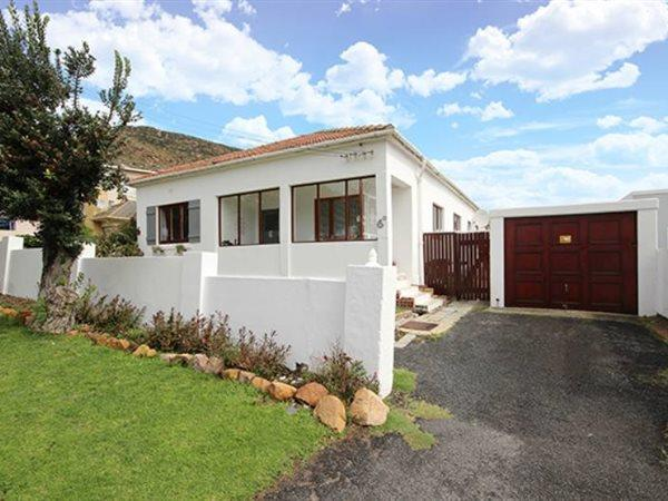 Fish Hoek, House 3 bedrooms property for sale Price:2,600,000