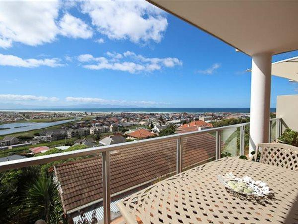Muizenberg, House 2 bedrooms property for sale Price:3,350,000