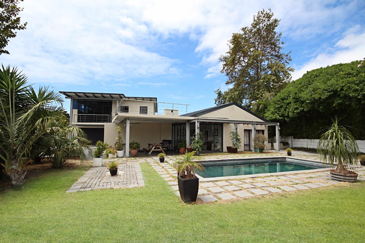 Cape Town, Constantia Property  | Houses For Sale Constantia, Constantia, House 4 bedrooms property for sale Price:6,400,000