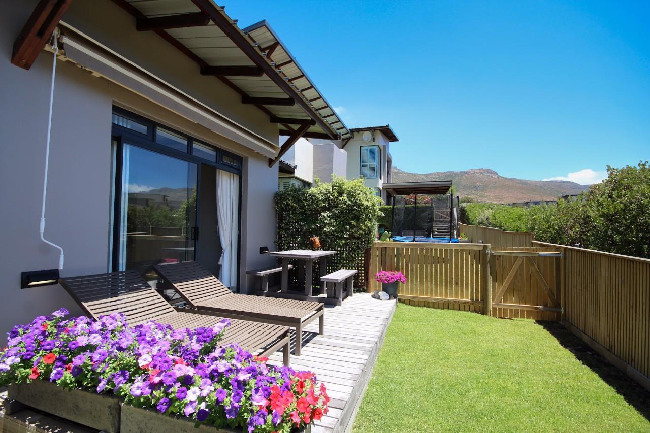 Cape Town, Stonehurst Mountain Estate Property  | Houses For Sale Stonehurst Mountain Estate, Stonehurst Mountain Estate, House 4 bedrooms property for sale Price:9,550,000