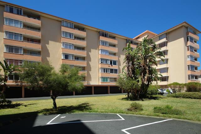 Cape Town, Plumstead Property    Houses For Sale Plumstead, Plumstead, Apartment 3 bedrooms property for sale Price:1,395,000