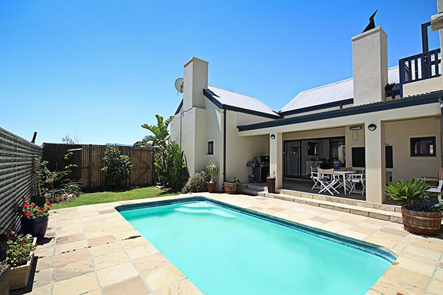 Cape Town, Noordhoek Property    Houses For Sale Noordhoek, Noordhoek, House 3 bedrooms property for sale Price:2,400,000