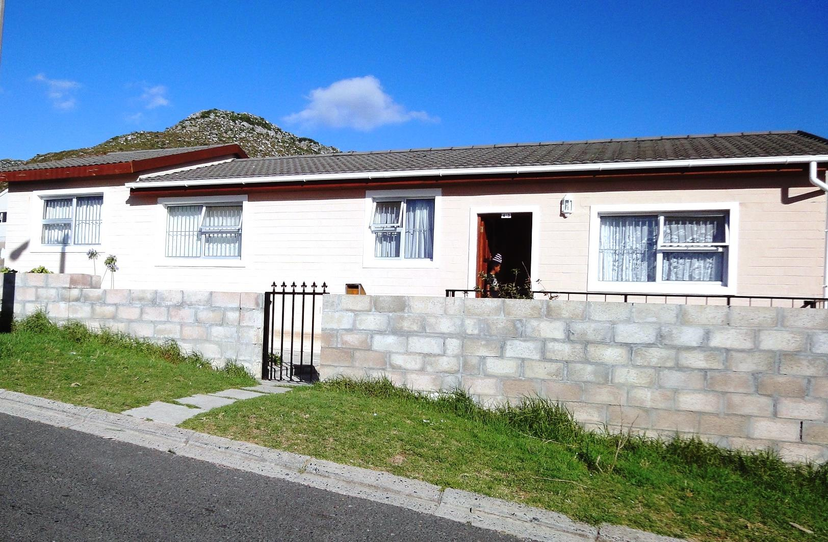 Cape Town, Ocean View Property  | Houses For Sale Ocean View, Ocean View, House 3 bedrooms property for sale Price:850,000