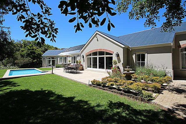 Cape Town, Constantia Upper Property  | Houses For Sale Constantia Upper, Constantia Upper, House 5 bedrooms property for sale Price:14,200,000