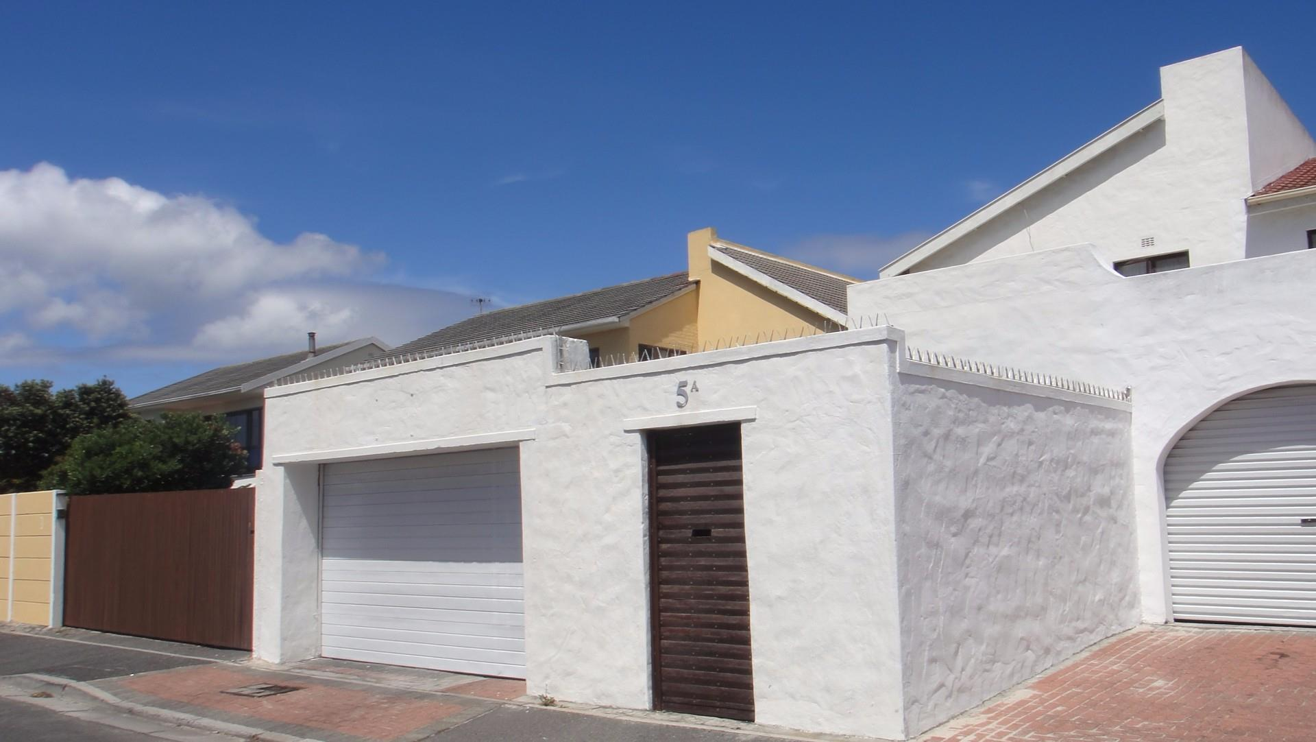 Cape Town, Muizenberg Property  | Houses For Sale Muizenberg, Muizenberg, House 3 bedrooms property for sale Price:1,675,000