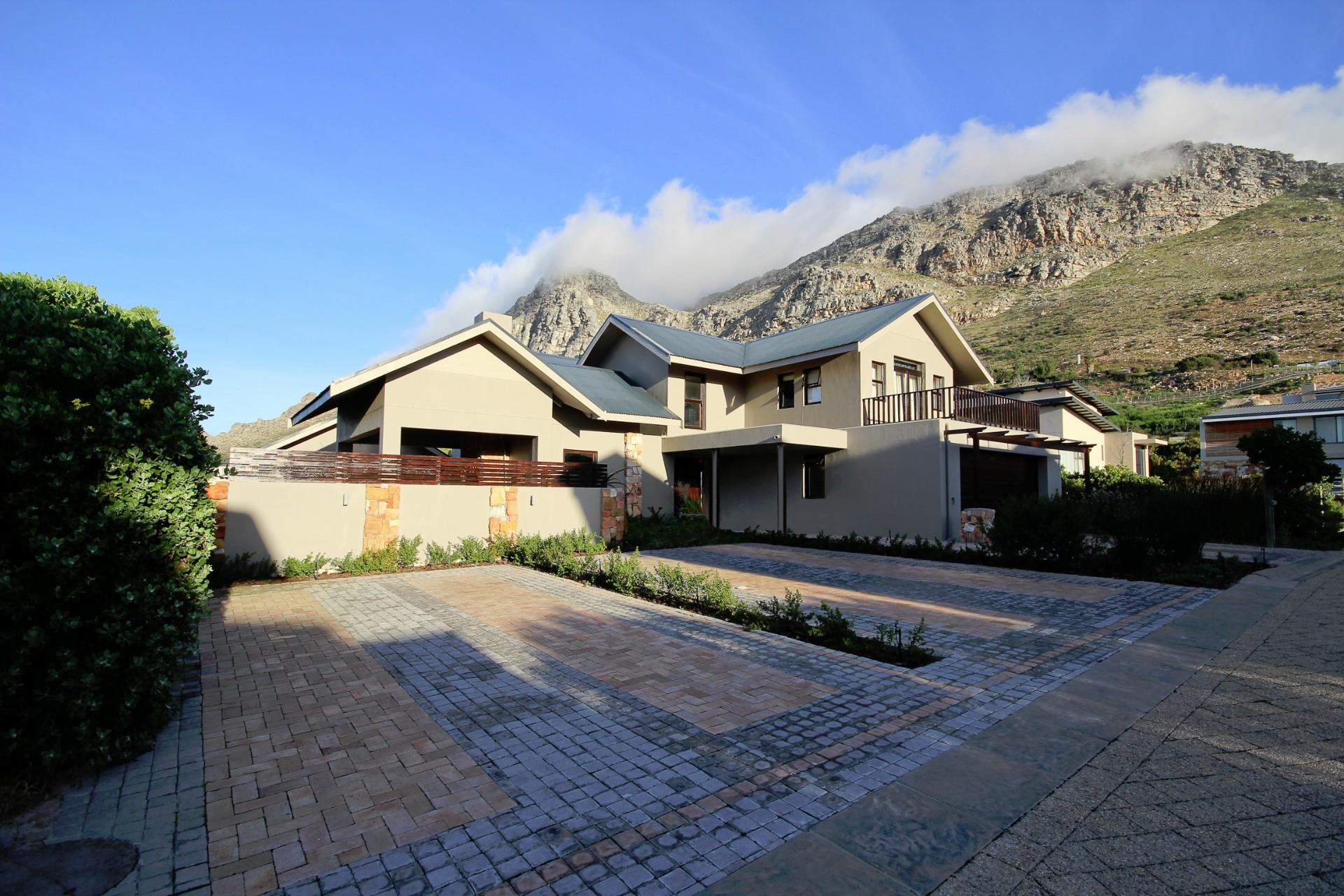 Stonehurst Mountain Estate, House 3 bedrooms property for sale Price:7,800,000