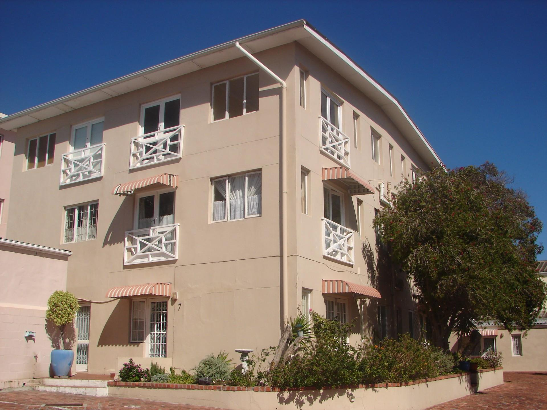 Sectional Title Properties, Fish Hoek, Apartment 1 bedrooms property for sale Price:630,000