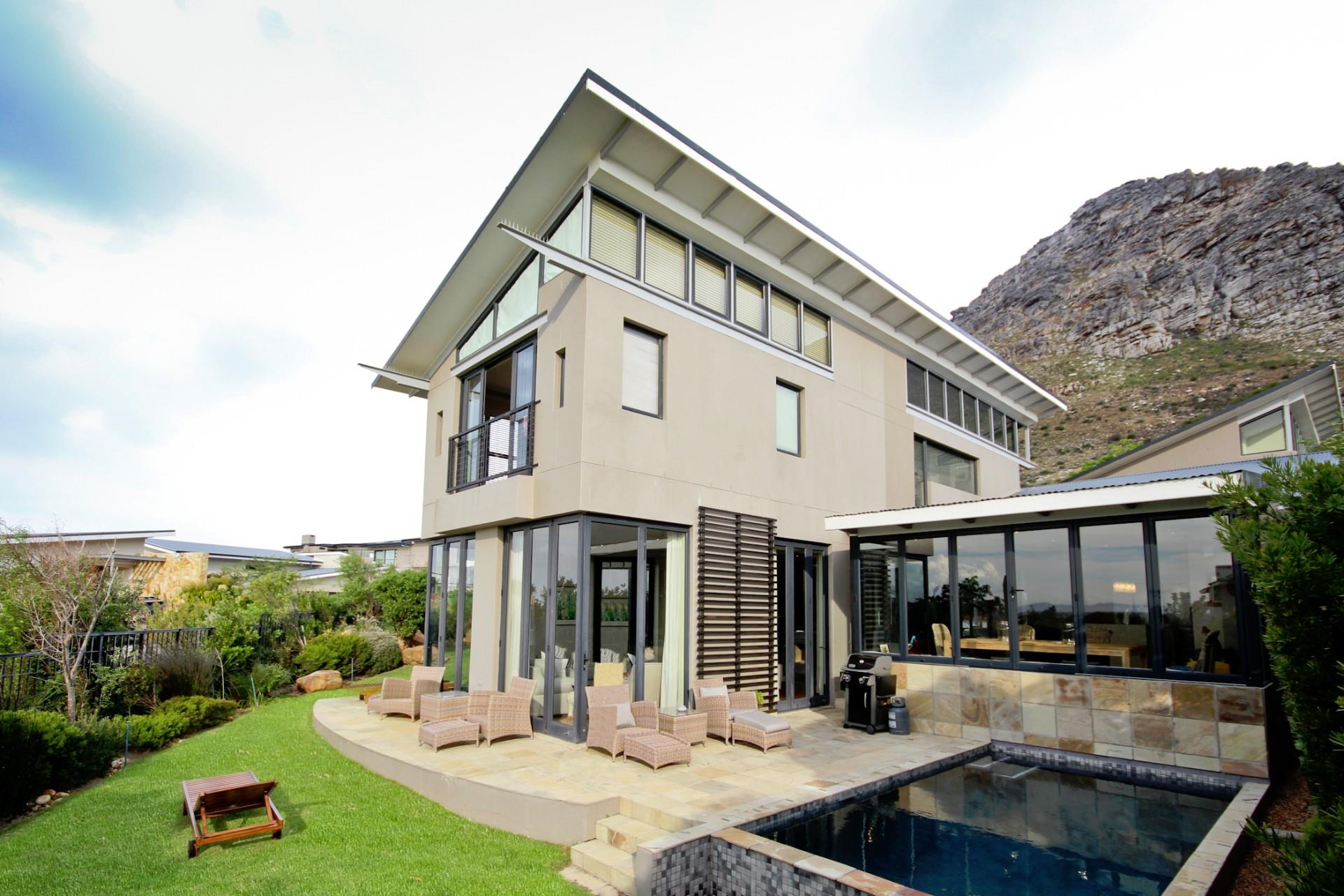 Cape Town, Stonehurst Mountain Estate Property  | Houses For Sale Stonehurst Mountain Estate, Stonehurst Mountain Estate, House 6 bedrooms property for sale Price:11,900,000