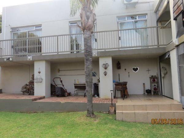 Pretoria, Faerie Glen Property  | Houses To Rent Faerie Glen, Faerie Glen, House 4 bedrooms property to rent Price:, 23,00*