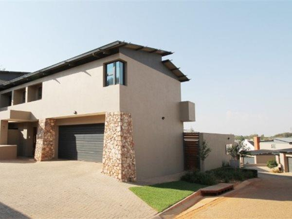 Property and Houses for sale in Olympus - Page 3, House, 3 Bedrooms - ZAR 2,399,000