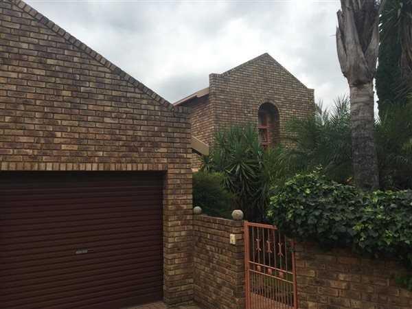 Pretoria, Moreletapark Property  | Houses For Sale Moreletapark, Moreletapark, House 3 bedrooms property for sale Price:1,790,000