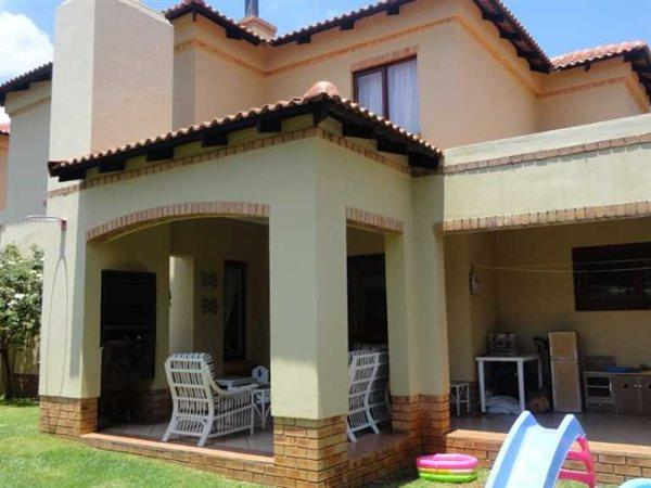 Property and Houses for sale in Olympus - Page 4, House, 3 Bedrooms - ZAR 1,995,000