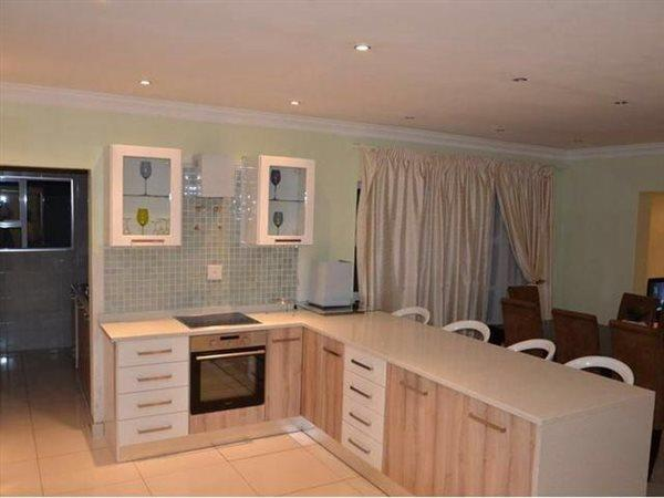 Willow Acres Estate property for sale. Ref No: 13456695. Picture no 2
