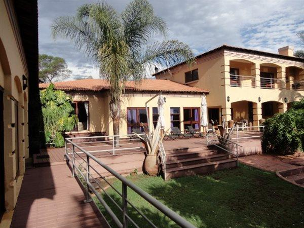 Property and Houses for sale in Mooikloof, House, 5 Bedrooms - ZAR 13,500,000