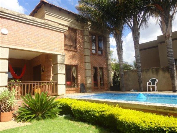 Pretoria, Faerie Glen Property  | Houses For Sale Faerie Glen, Faerie Glen, House 4 bedrooms property for sale Price:2,850,000