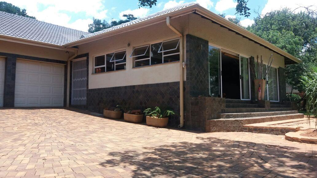 Property and Houses for sale in Lynnwood Glen, House, 4 Bedrooms - ZAR 3,805,000