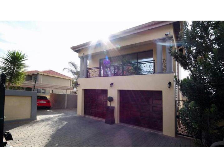 Pretoria, Wingate Park Property  | Houses For Sale Wingate Park, Wingate Park, House 3 bedrooms property for sale Price:2,485,000