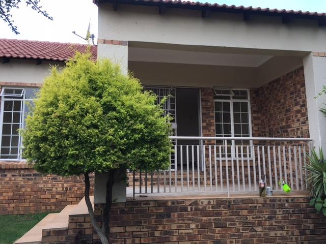 Pretoria, Moreletapark Property  | Houses To Rent Moreletapark, Moreletapark, Simplex 2 bedrooms property to rent Price:,  9,00*