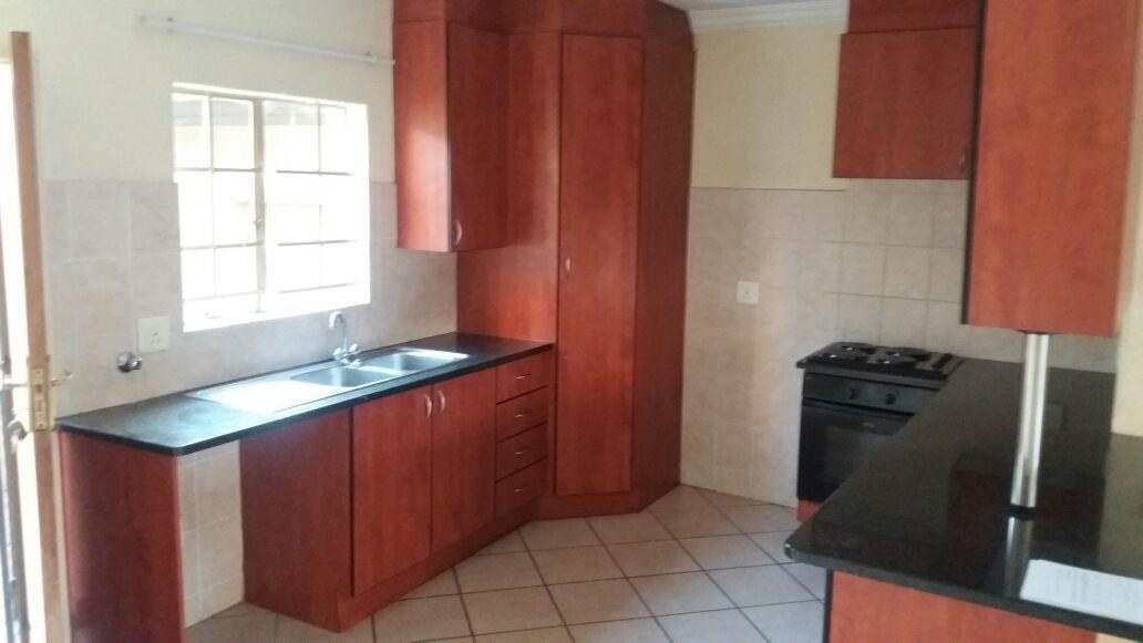 Pretoria, Willow Park Manor Property  | Houses To Rent Willow Park Manor, Willow Park Manor, Duplex 2 bedrooms property to rent Price:,  7,00*