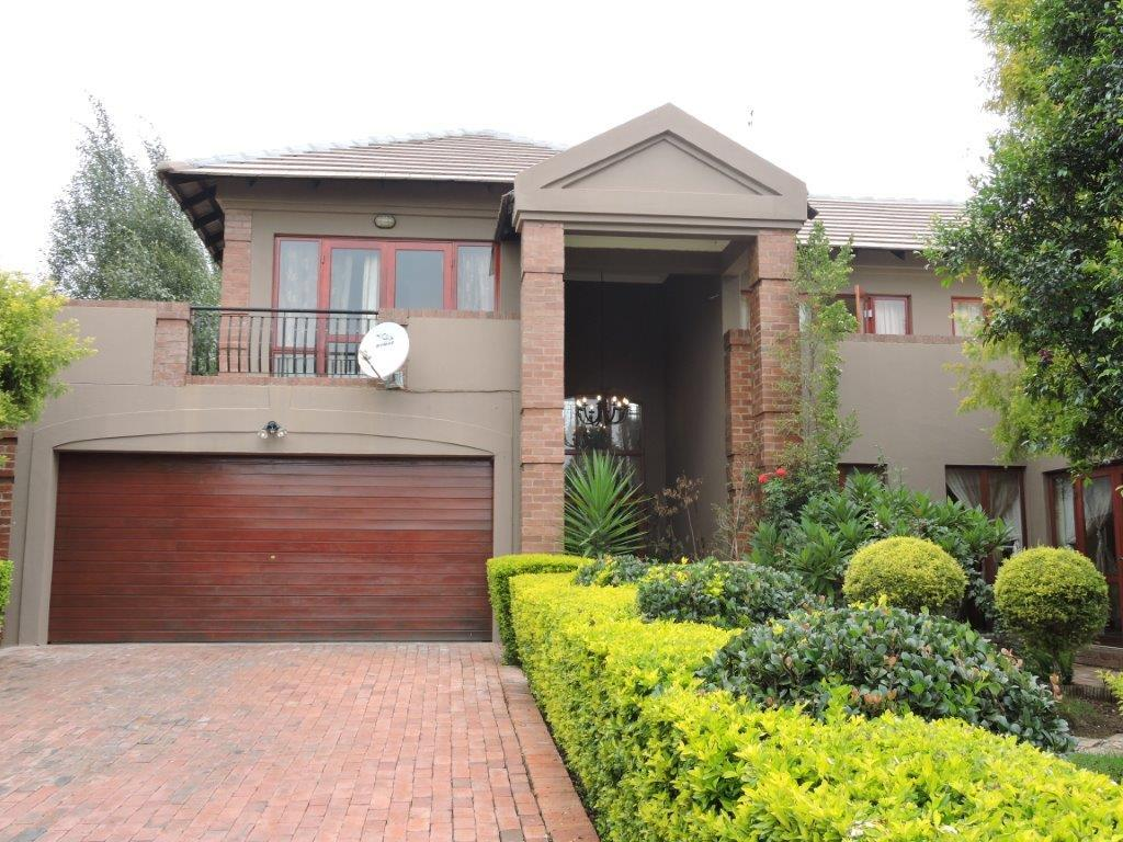 Pretoria, Willow Acres Estate Property  | Houses To Rent Willow Acres Estate, Willow Acres Estate, House 3 bedrooms property to rent Price:, 30,00*