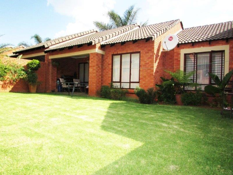 Pretoria, Boardwalk Meander Property  | Houses For Sale Boardwalk Meander, Boardwalk Meander, Simplex 2 bedrooms property for sale Price:1,230,000