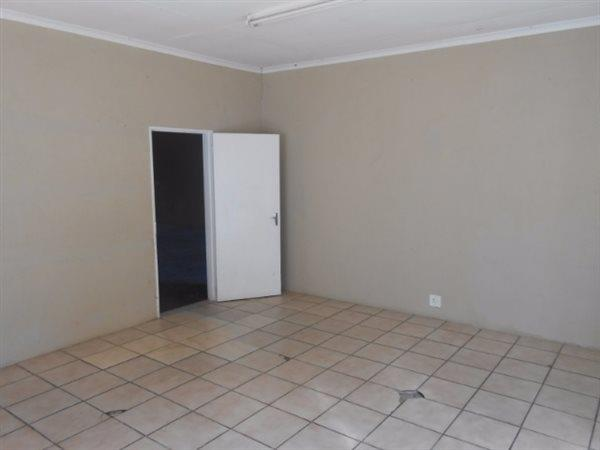 Nelspruit property to rent. Ref No: 13478008. Picture no 4