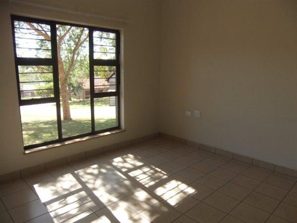 Nelspruit property for sale. Ref No: 13463063. Picture no 3