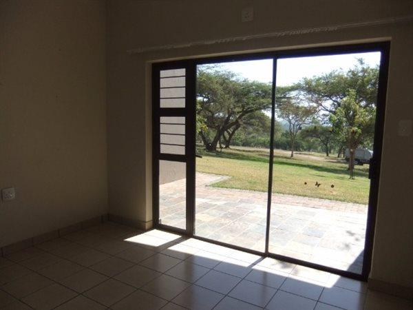 Nelspruit property for sale. Ref No: 13463063. Picture no 4