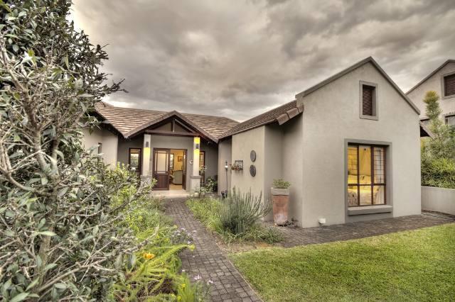 Nelspruit, Sonheuwel Property  | Houses For Sale Sonheuwel, Sonheuwel, House 3 bedrooms property for sale Price:2,695,000