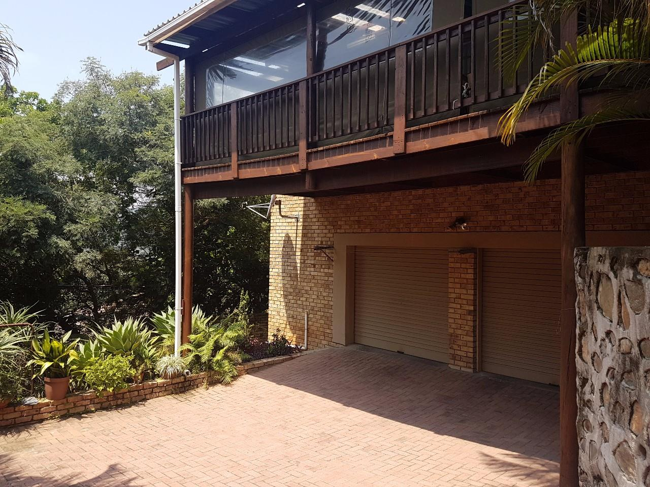 Property Nelspruit : Houses To Rent Nelspruit (All), West Acres, House 3 bedrooms property to rent Price:, 11,00*