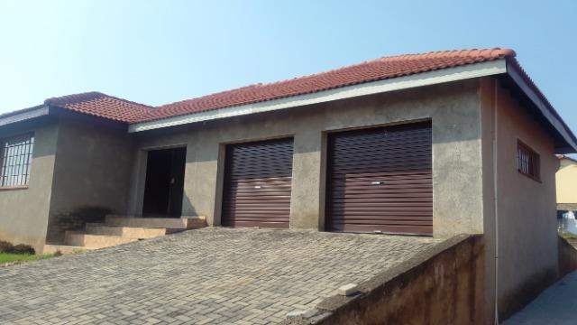 Nelspruit, Stonehenge Property  | Houses For Sale Stonehenge, Stonehenge, House 4 bedrooms property for sale Price:1,195,000