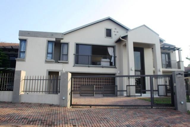 Property and Houses for sale in Sonheuwel, House, 4 Bedrooms - ZAR 4,300,000