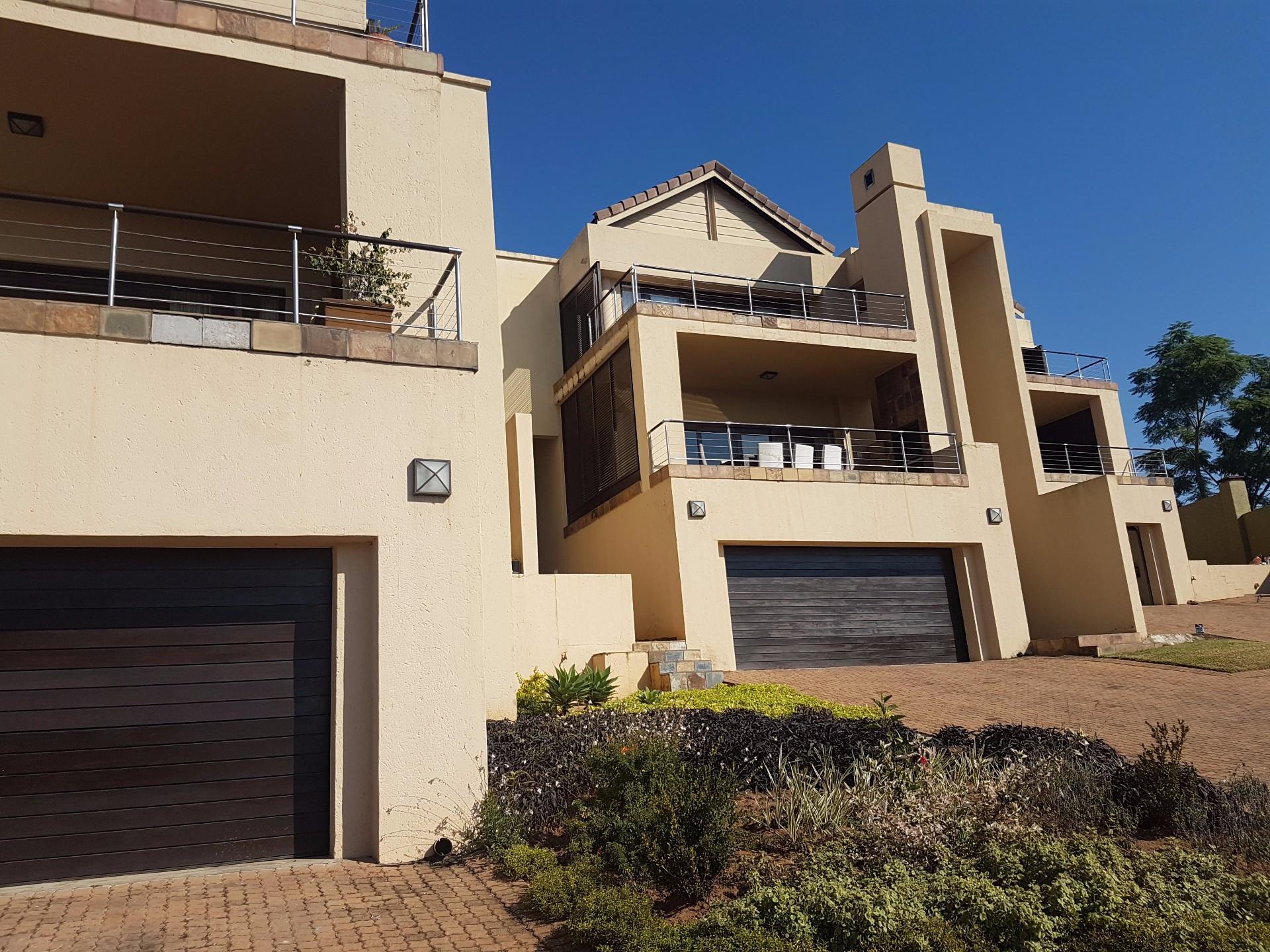 Property Nelspruit : Houses To Rent Nelspruit (All), Nelspruit, Apartment 3 bedrooms property to rent Price:, 15,00*