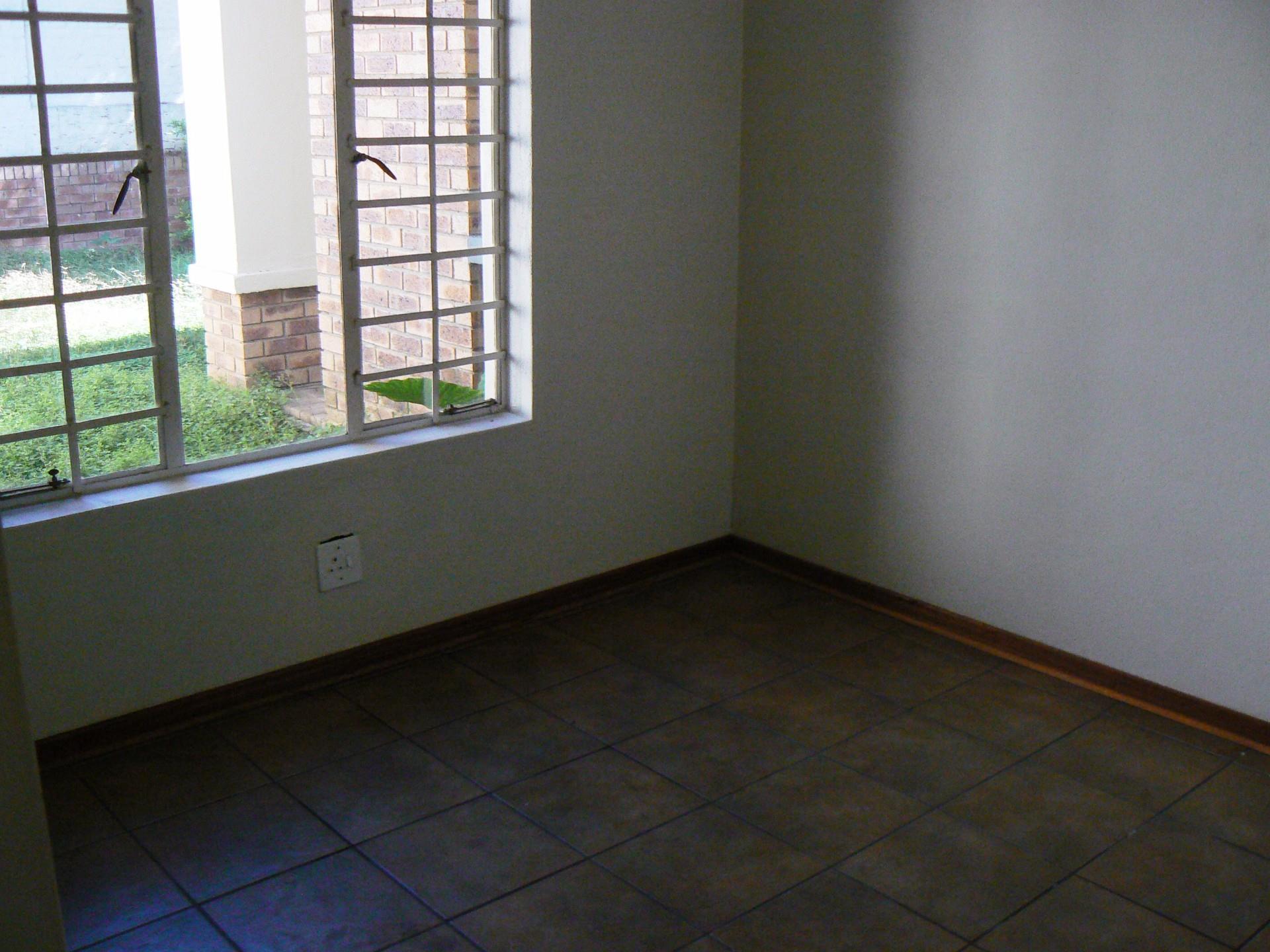 West Acres & Ext property for sale. Ref No: 13485783. Picture no 5