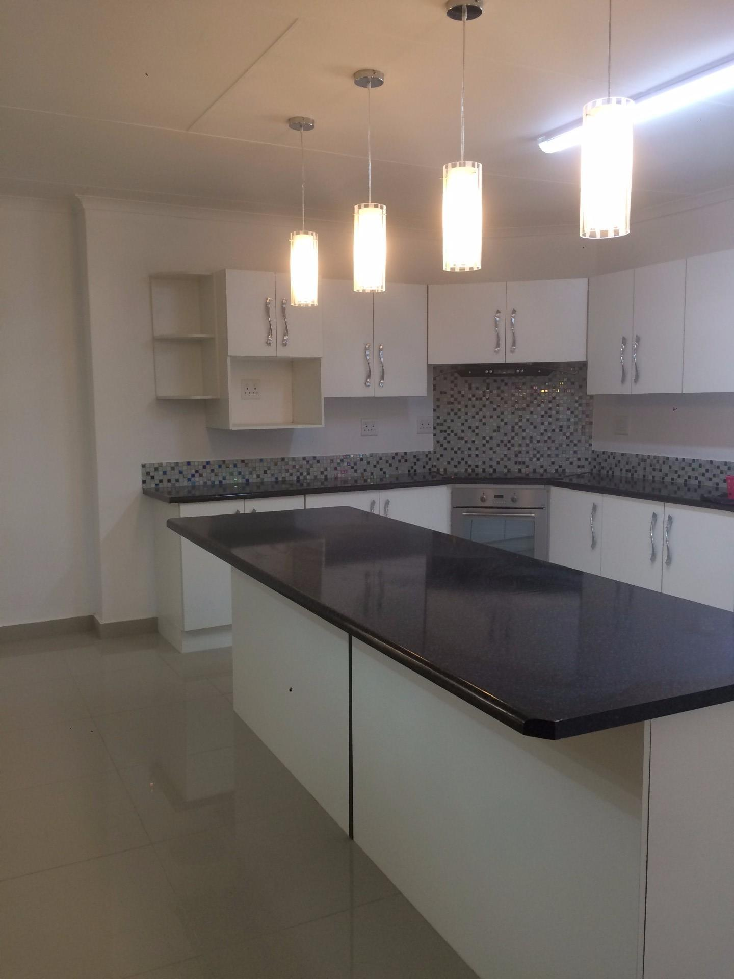 Nelspruit, West Acres Property    Houses For Sale West Acres, West Acres, House 5 bedrooms property for sale Price:2,250,000