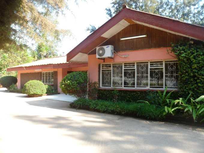 Lusaka, Kabulonga Property    Houses To Rent Kabulonga, Kabulonga, House 4 bedrooms property to rent Price:,  2,00*