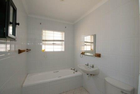 Table View property for sale. Ref No: 13448330. Picture no 3