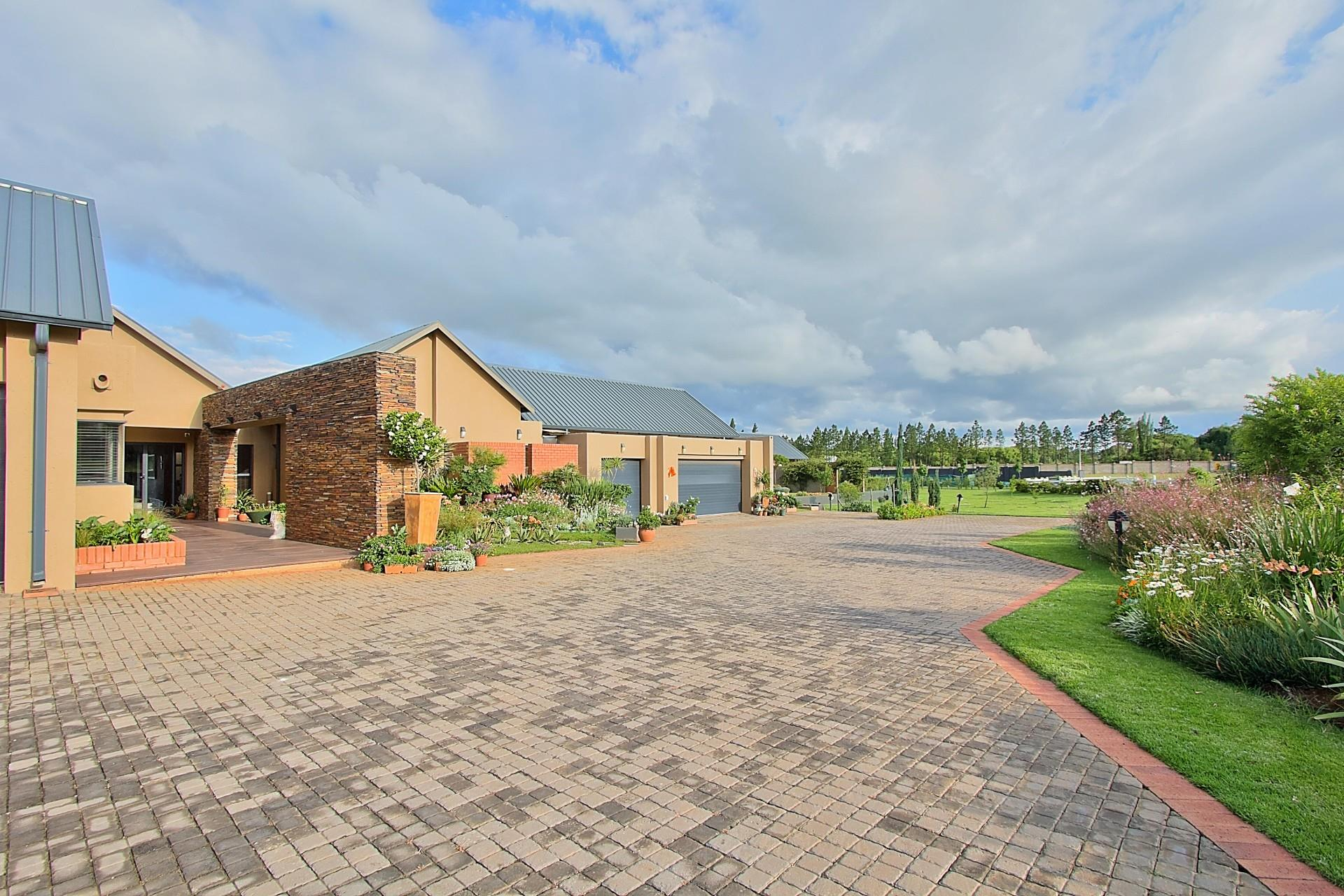 6 Elliodor, Dunblane Lifestyle & Equestrian Estate, Kempton Park - ZAF (photo 3)