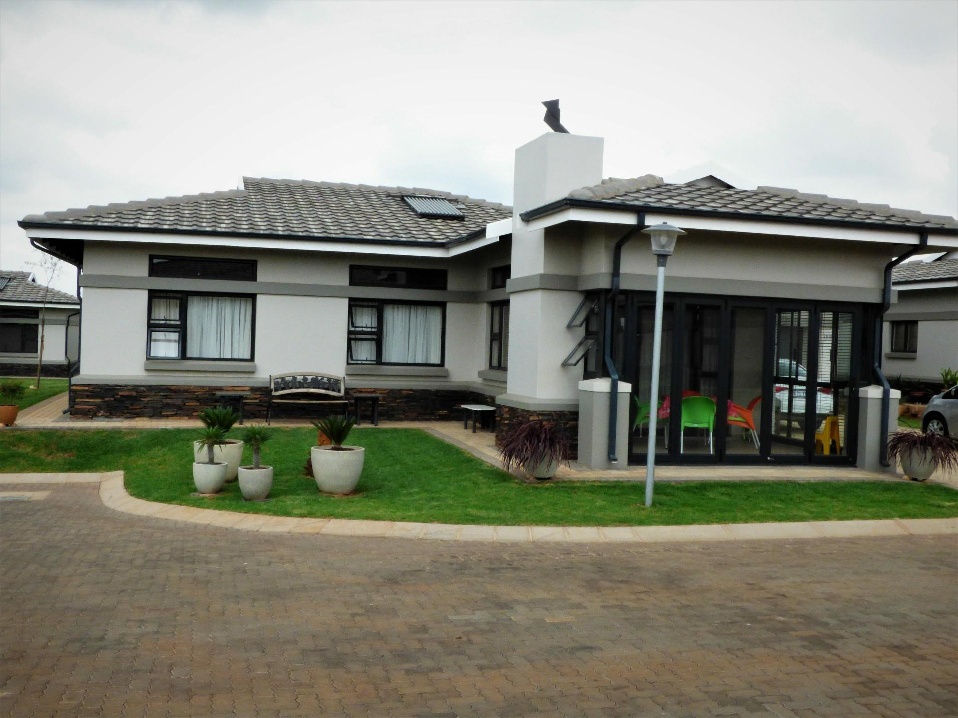 189 Eastlands Drive, Bredell, Kempton Park - ZAF (photo 2)
