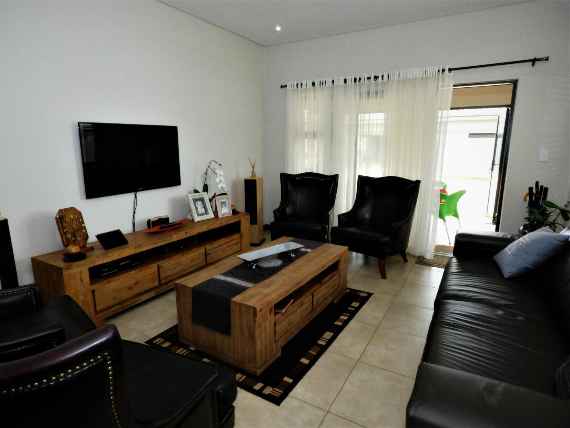 189 Eastlands Drive, Bredell, Kempton Park - ZAF (photo 3)