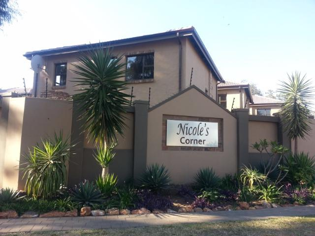 Pretoria, Deerness Property  | Houses To Rent Deerness, Deerness, Duplex 3 bedrooms property to rent Price:,  9,00*