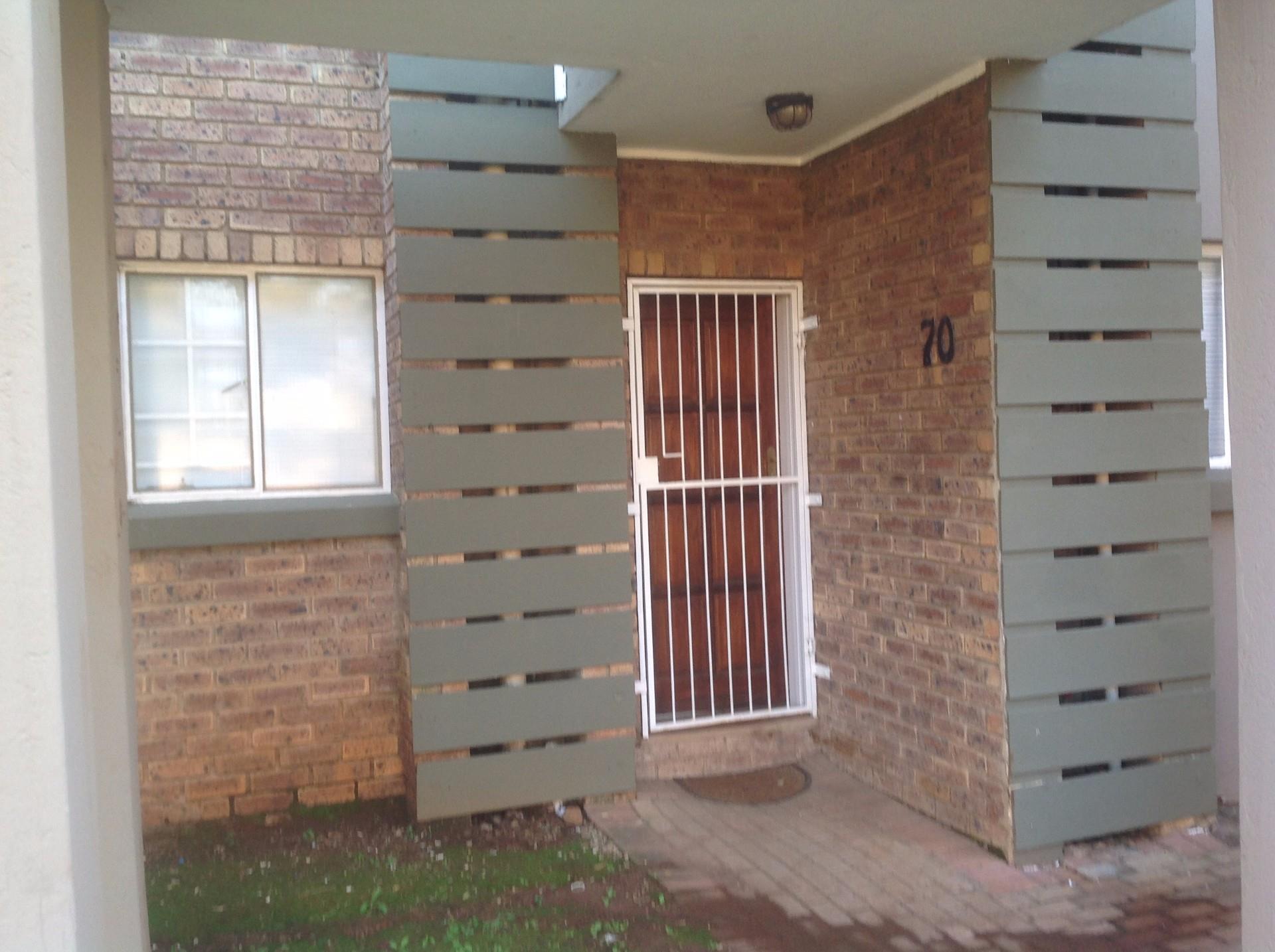 Pretoria, Equestria Property  | Houses To Rent Equestria, Equestria, Apartment 2 bedrooms property to rent Price:,  7,00*