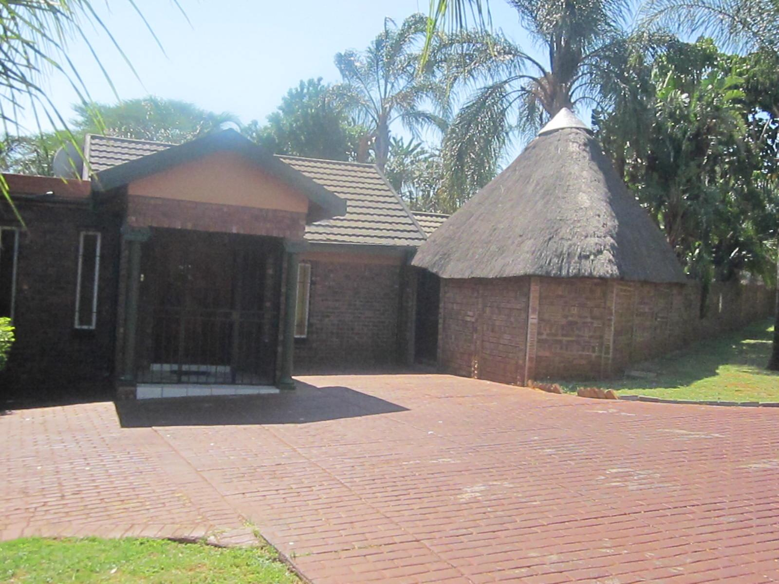 Pretoria, Theresapark Property  | Houses For Sale Theresapark, Theresapark, House 4 bedrooms property for sale Price:1,610,000