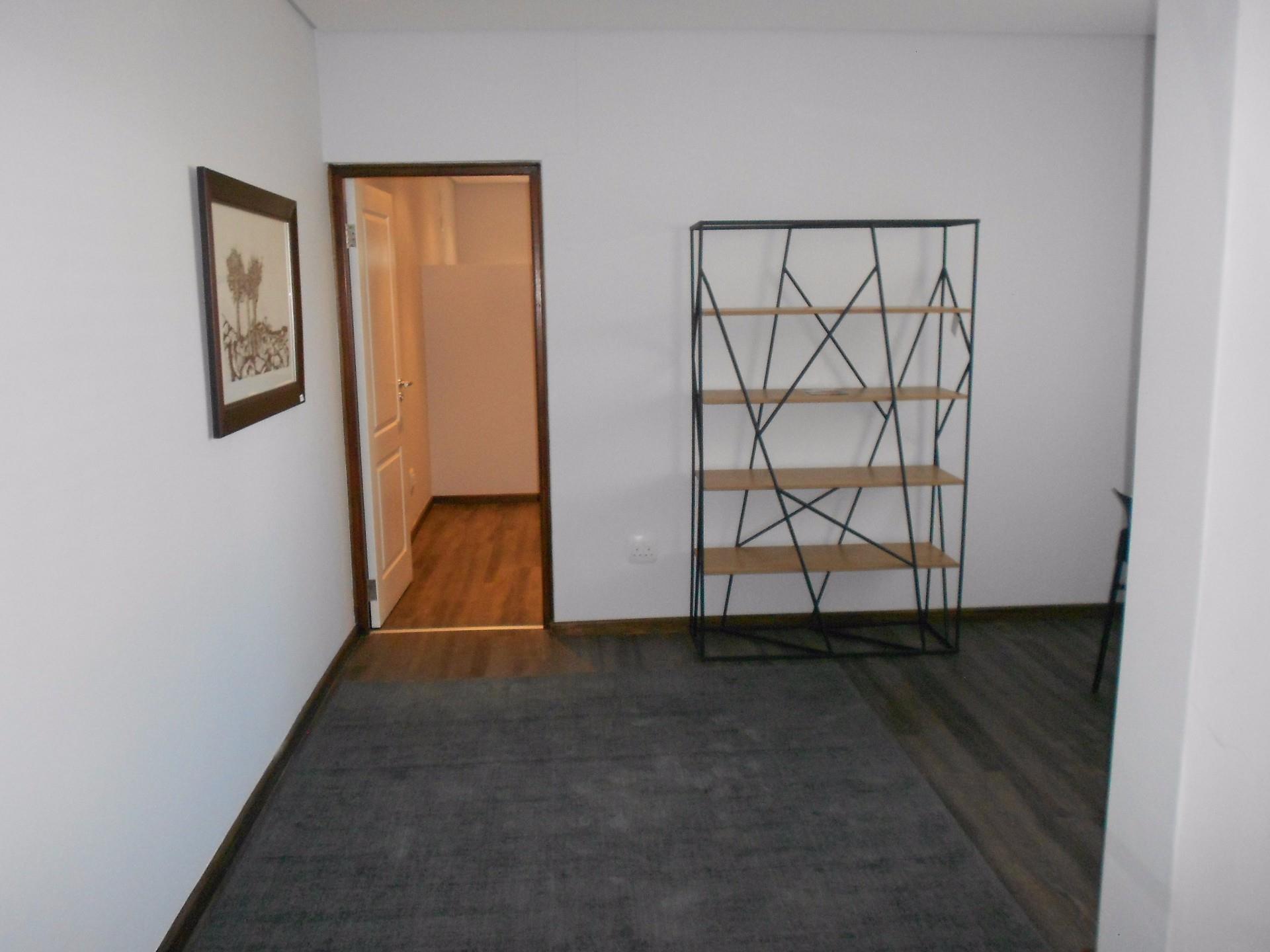 3 Bedroom Duplex For Sale in Kleine Kuppe