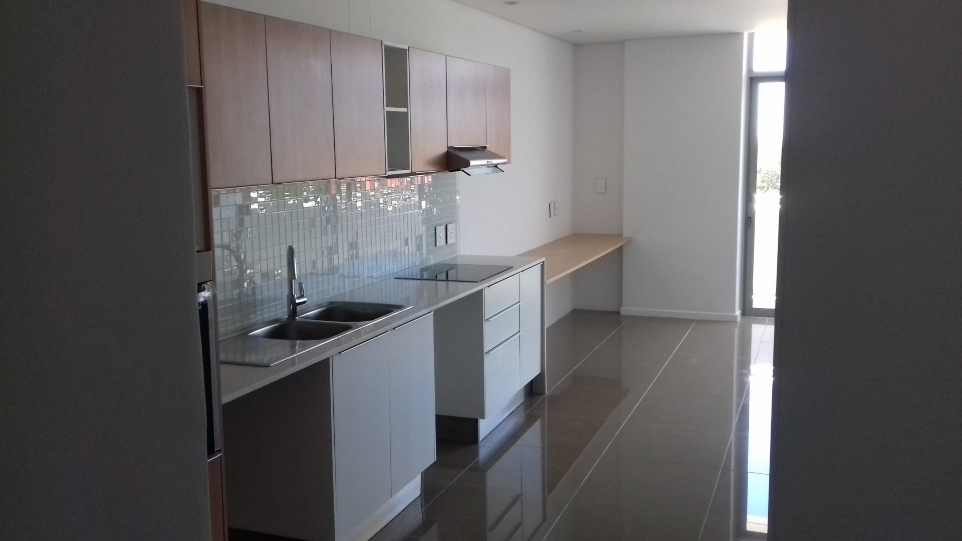 Bachelor Flat in Windhoek Central For Sale