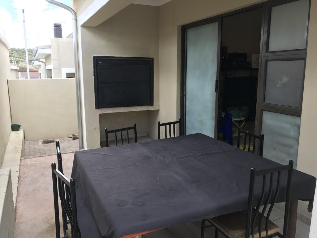 2 Bedroom Simplex For Sale in Avis