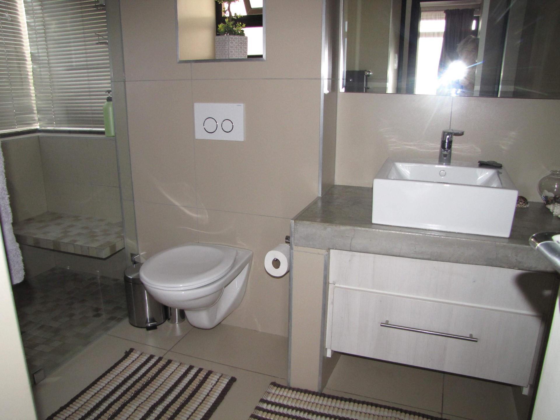 3 Bedroom House For Sale in Kleine Kuppe