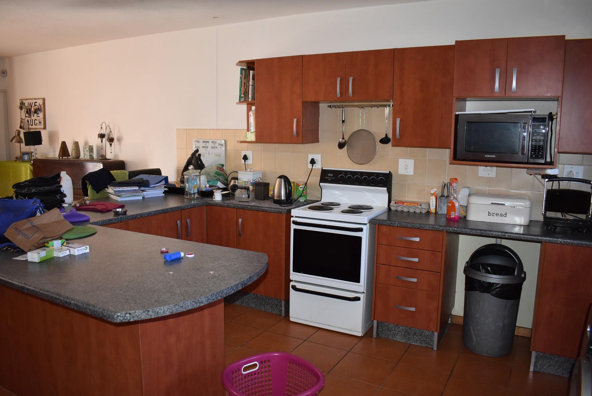 3 Bedroom Duplex For Sale in Ludwigsdorf