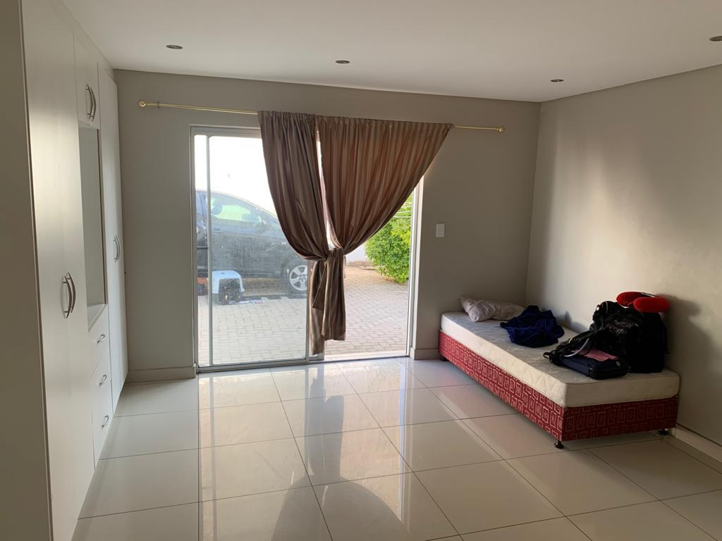 3 Bedroom House To Rent in Cimbebasia