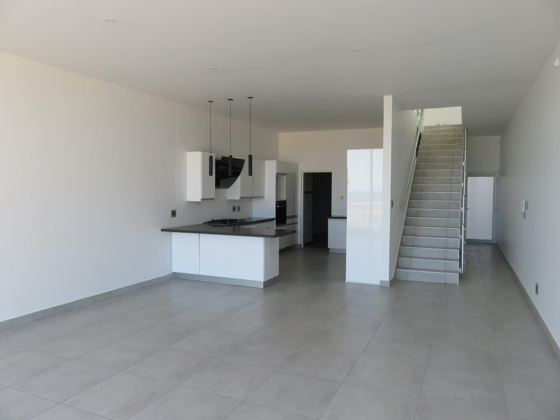 3 Bedroom House For Sale in Long beach